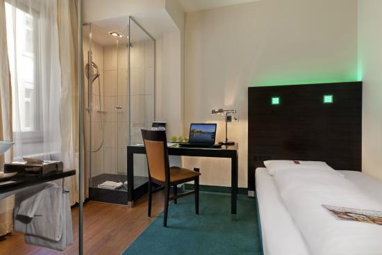 Fleming's Hotel Zürich : Comfort Single Room