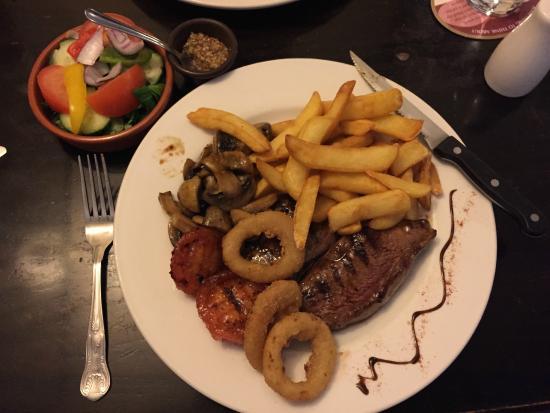 New Inn: Full plate of ample food