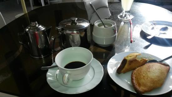 El Patio Salteneria: delicioso café