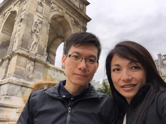 París, Francia: Les Fontaine Des Innocents
