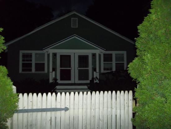 Ghost Hunters of Asheville : No Orbs in this pic!
