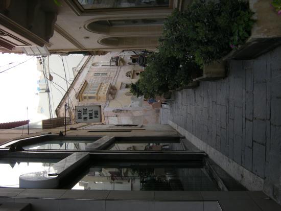 Alborada Apart Hotel: dzielnica handlowa i restauracyjna za rogiem