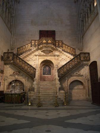 Burgos Cathedral: interior - Picture of Catedral de Burgos ...  Burgos Cathedra...
