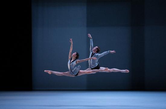 Dutch National Opera & Ballet : Back to Bach - Dutch National Ballet
