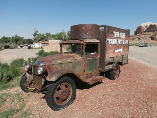 Twin Rocks Trading Post: Delivery van