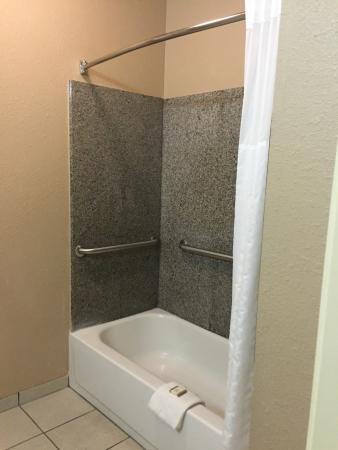 Baymont Inn & Suites Clute: photo2.jpg