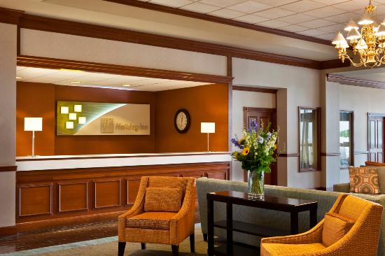 Holiday Inn Frederick Hotel & Conference Center: Lobby