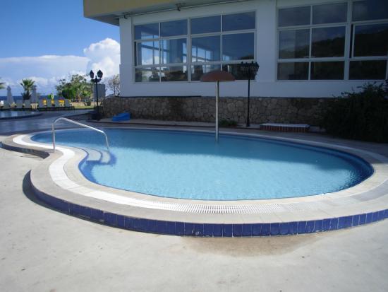 acapulco resort convention spa & casino in catalkoy