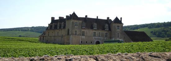 Ladoix-Serrigny, France : Château de Clos de Vougeot