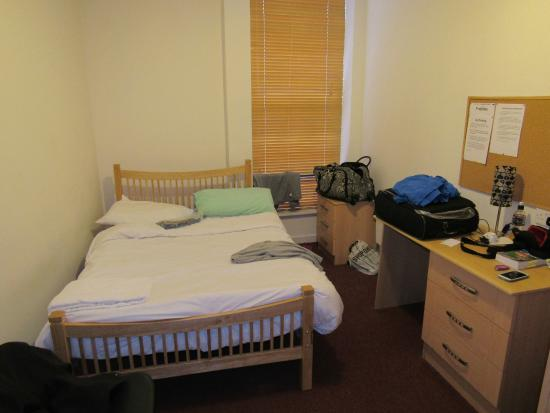 Hostel Cork City: Camera doppia con bagno privato