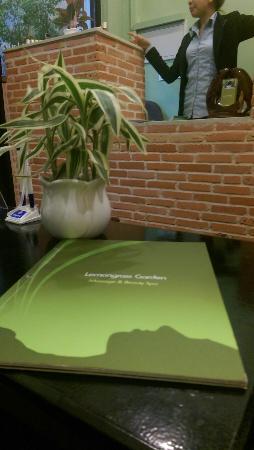 Lemongrass Garden Beauty & Massage : Receptionist