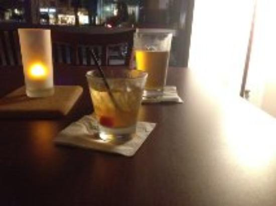 Hilton Garden Inn Virginia Beach Town Center : Our drinks at the hotel's restaurant