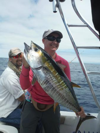 Reel to Reef Charters: Happy Wife!!