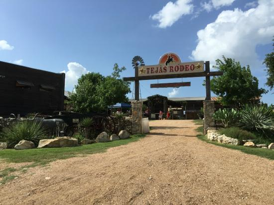 The Entrance Picture Of Tejas Rodeo Company Bulverde