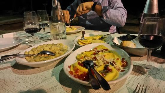 Tris di primi foto di ristorante romani vicomero for Primi piatti romani