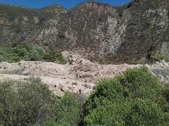 St. Francis Dam-Ruins of Collapsed Dam : St. Francis Dam Ruins 7-11-2015
