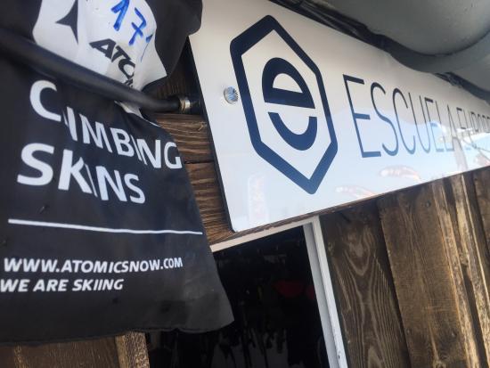 Escuela Europea de Esqui y Snowboard