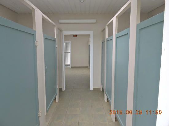 East Lawrencetown, Canada : banheiros e espaços para trocar de roupa