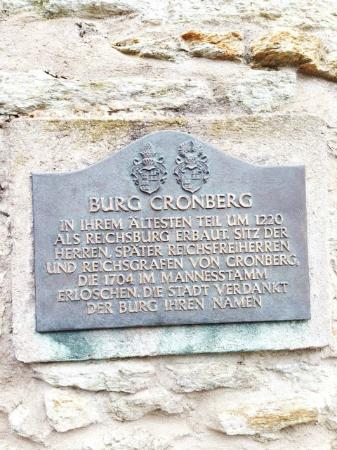Burg Kronberg: Plaque