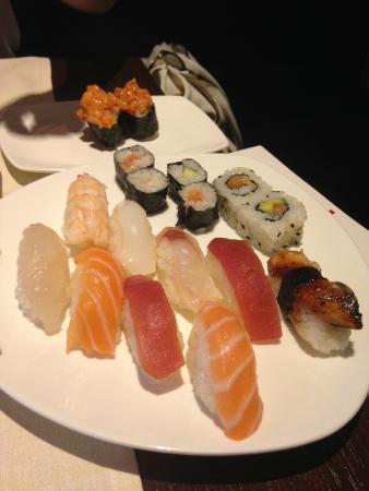 Fascino Fusion: Sushi Medio, Nigiri Anguilla e Gunkan Spicy Salmon
