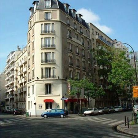 Fachada photo de hotel korner eiffel paris tripadvisor for Hotel ideal paris