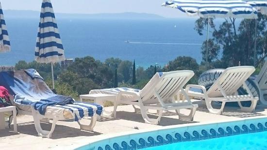 piscine foto di hotel azur le lavandou tripadvisor. Black Bedroom Furniture Sets. Home Design Ideas