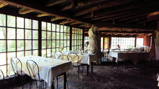 Green Gables Restaurant Nice Atmosphere