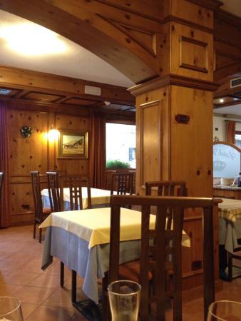 Hotel Krone: Vista dall'hotel, sala