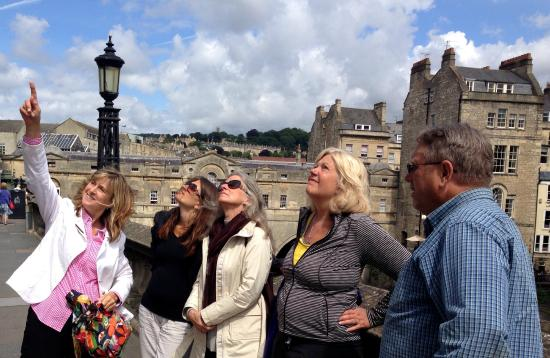 Bath Tours - City and Country Walk: Our guide Sue with MC Hunefeld, Ann Dunham, Pam Wirth, Jerry Hunefeld.  Photo by W Terry Hunefel