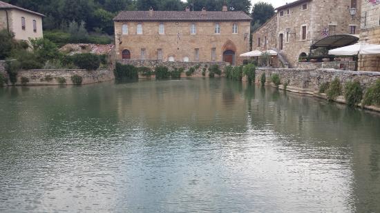 Le terme libere picture of terme bagno vignoni bagno vignoni