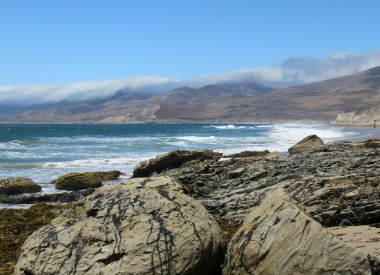 Jalama Beach County Park: view on cloudy mounts