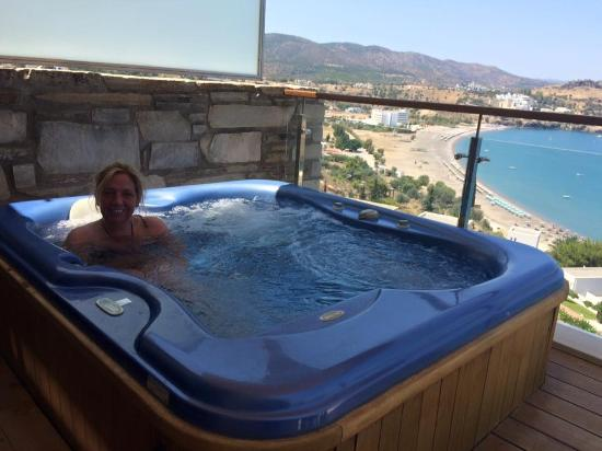 hot tub on the balcony picture of lindos blu lindos tripadvisor. Black Bedroom Furniture Sets. Home Design Ideas