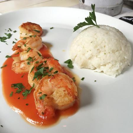 Steiner Genuss Werk: King prawns with basmati rice