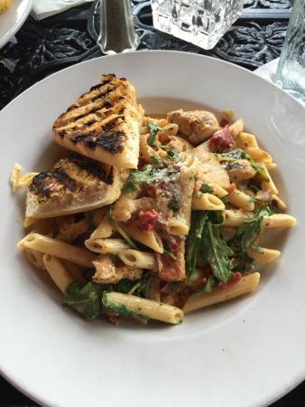 Yummy blackened chicken mac and cheese - Picture of Ralph Brennan\'s ...