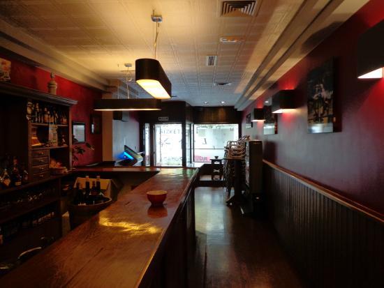 Bar Manuel Garagardotegia Cerveceria (Pub & Brewery)