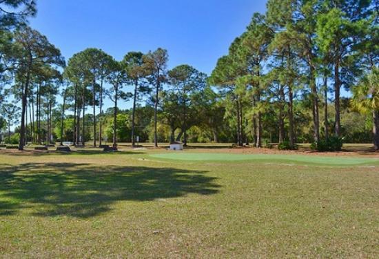 Ramblers Rest RV Campground: Golf