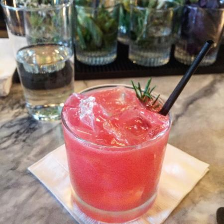 Ava Gene's: great cocktails and bartender
