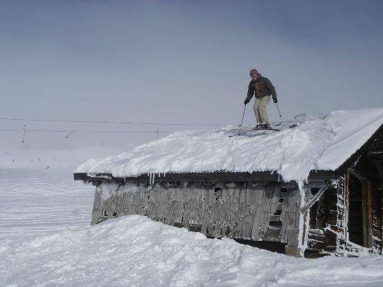 Tschentenalp: Dach-Hupfer