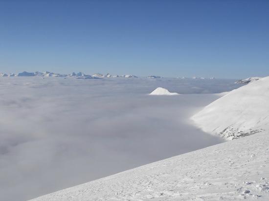 Tschentenalp: Nebel in Adelboden