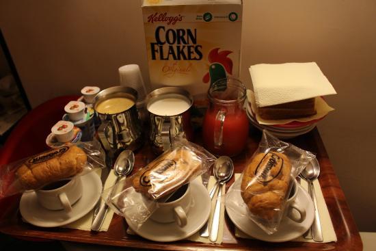 Clarian Affittacamere: Café da manhã.