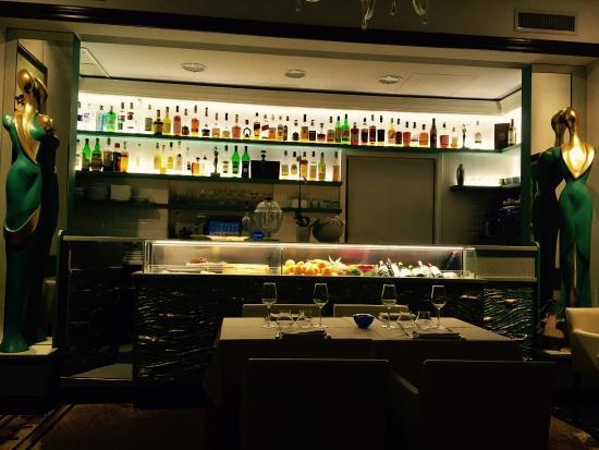 Décoration du restaurant picture of ristorante crispi