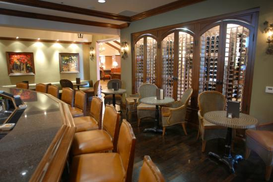 The Commons at The Meritage Resort and Spa: The Commons: A Wine Bar