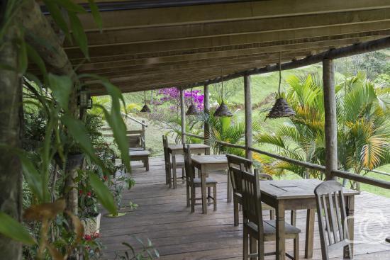 Reserva Aroeira : restaurante area externa