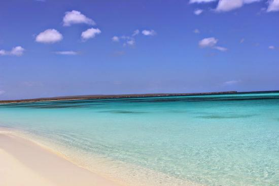 Pedernales, República Dominicana: Crystal beaches