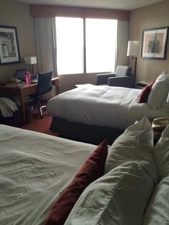 Windsor Riverside Inn: photo1.jpg