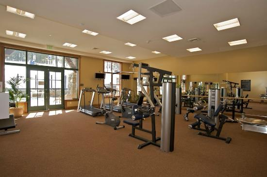 Iron Horse - Tahoe Mountain Lodging: Fitness center at Iron Horse Lodge