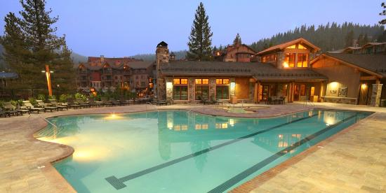 Iron Horse - Tahoe Mountain Lodging: Swimming pool at The Village Swim & Fitness Center