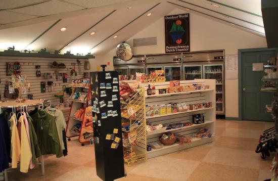 PA Dutch Country RV Resort: Camp store