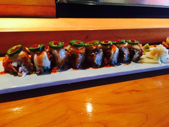 Woojung Byob Restaurant & Sushi Bar : Drew2 off the menu sushi roll made for one of their regulars. If you want some spicy heat, go fo