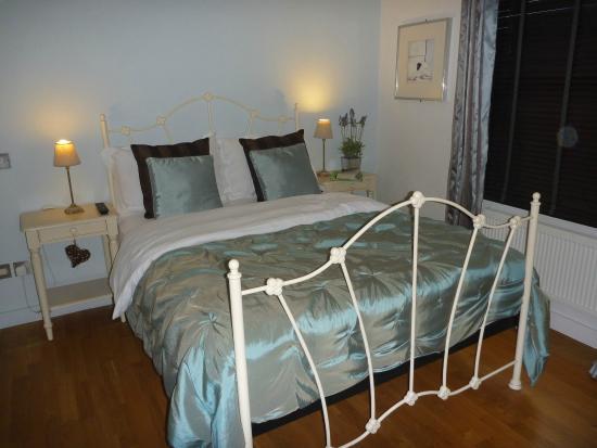 Bath House Hotel: The Strand bedroom